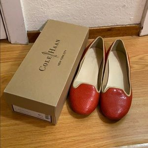 Cole haan coral red flat (size 6.5)